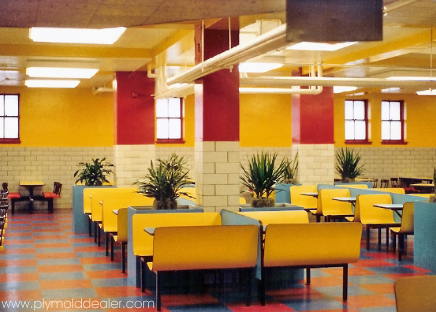 Laminated Plastic Booths and Cluster Seating - High School Cafeteria